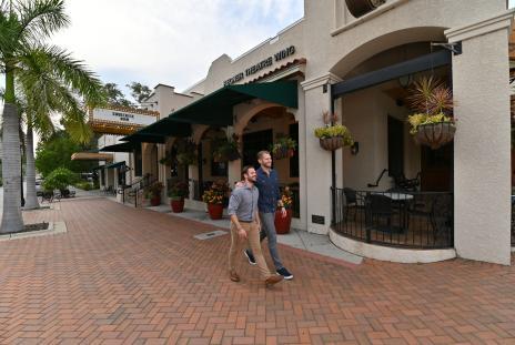 Couple walking outside Florida studio theatre