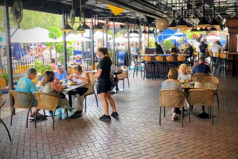 outdoor seating at mattison's city grille in sarasota florida
