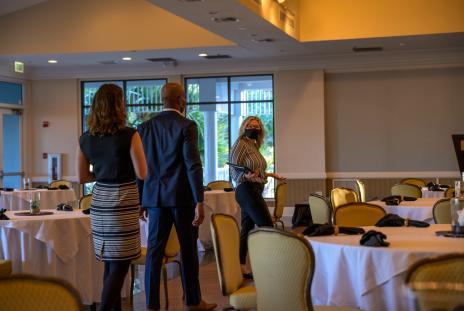 Meeting attendees at Longboat Key Club & Resort wearing masks.