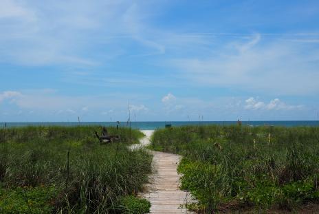 beach access path on longboat key