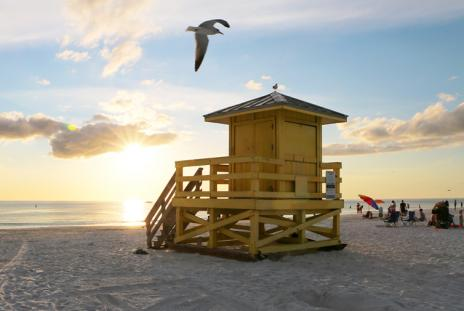 Lifeguard stand at Siesta Key. Photo by Eddie Kirsch