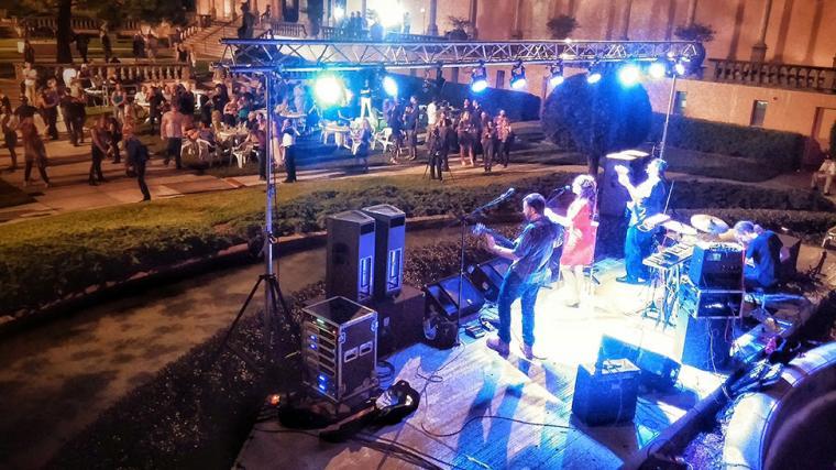 Live music in Sarasota Florida