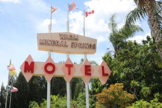 Warm Mineral Springs Motel