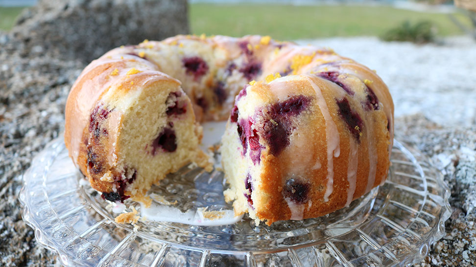 Completed bluberry lemon bundt cake