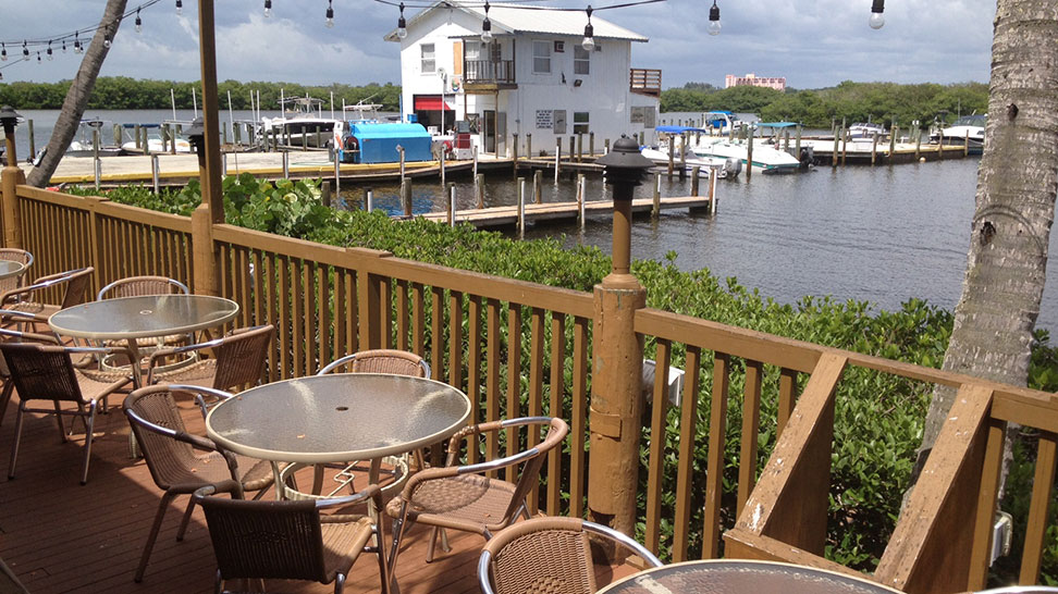 Outside deck at Turtles on Little Sarasota Bay