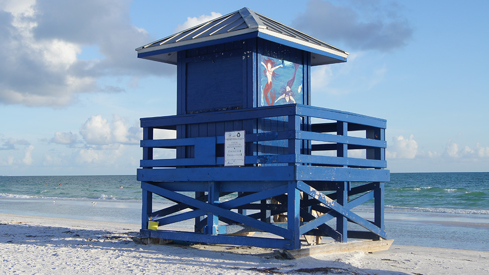 Siesta Beach, a blue lifeguard stand