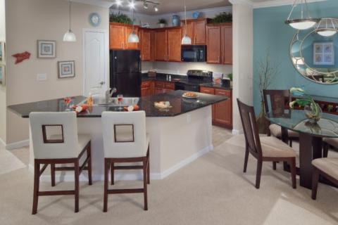 7612_720x480.jpg - Kitchen in 2 Bedroom Home