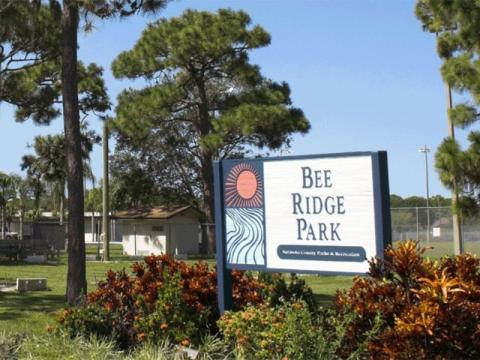 2702_640x480.jpg - Bee Ridge Park. Photo courtesy of Scgov.net