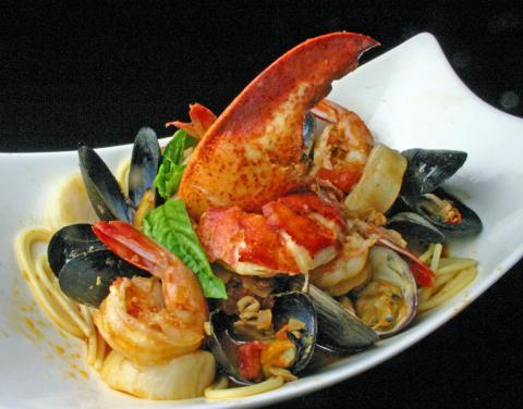 Italian Restaurant - Seafood Pescatore  at Chianti.