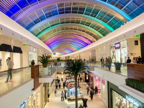 5983_640x480.jpg - The Mall at UTC