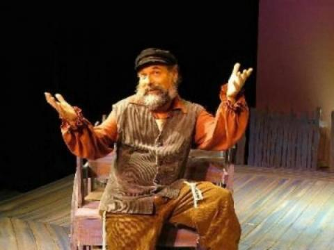 "485_640x480.jpg - Larry Golden in the MainStage production of  ""Fiddler on the Roof"""