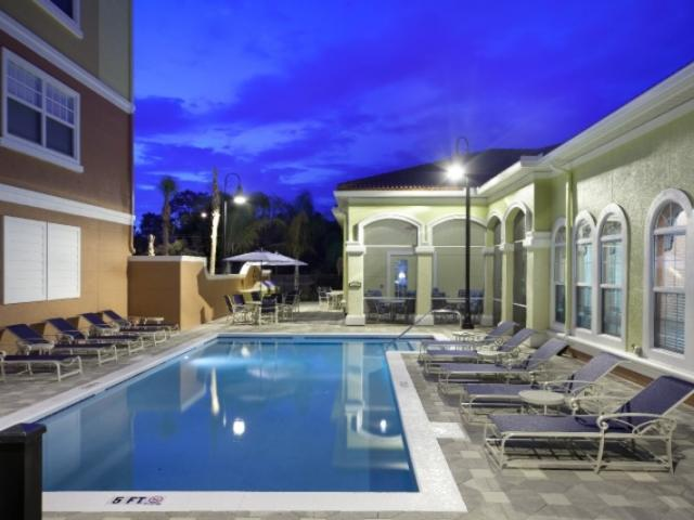 7622_720x480.jpg - Pool Area at Clubhouse