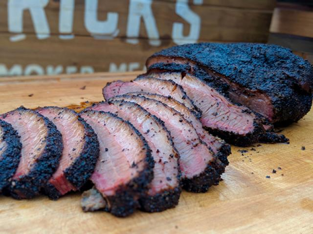 Brick's Smoked Meats - Restaurant Image 1