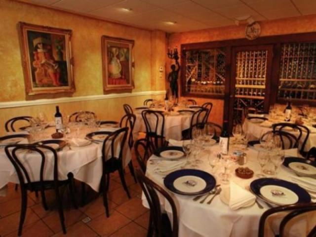 115_640x480.jpg - Private Dining Area, available for special events.