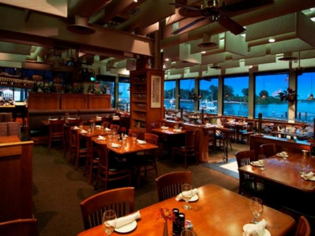 Crow's Nest Marina Restaurant
