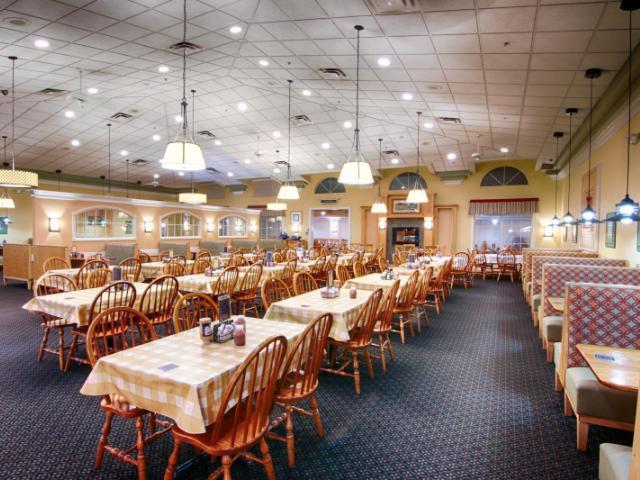 Der Dutchman Dining Room