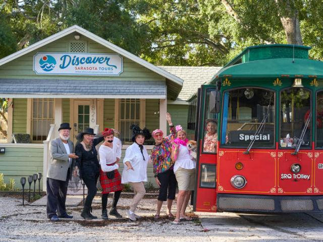 Discover Sarasota Tour Guides! - Meet our many entertaining and informative tour guides who lead our City Sightseeing Tours, Circus City Tours, Happy Hour Tours and Ghost Tours!