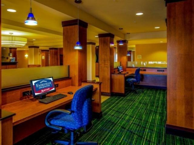 2901_720x480.jpg - 24 Hour Business Center