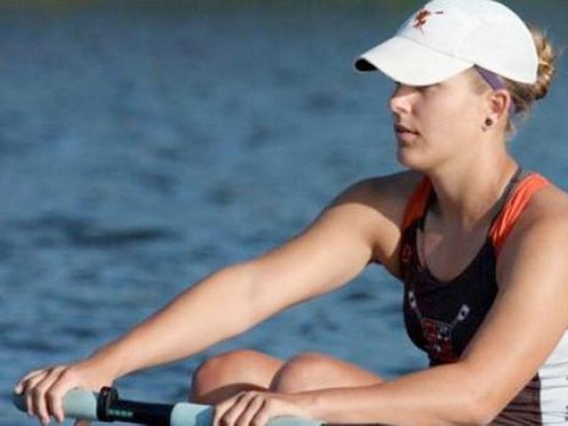 3573_640x480.jpg - Rowing at Fort Hamer Park