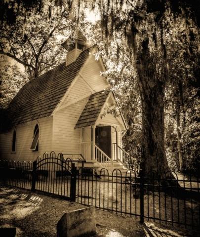 6886_640x947.jpg - Mary's Chapel