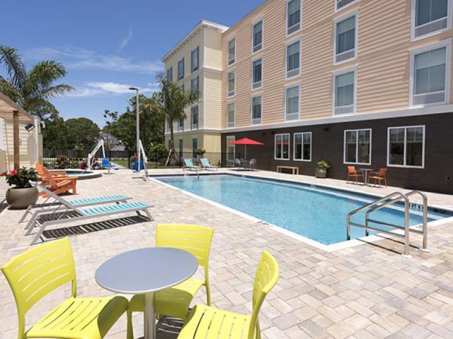 Home2 Suites Pool - Home2 Suites Pool