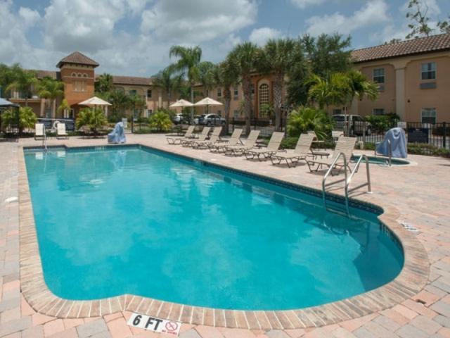 3669_640x480.jpg - Pool - Homewood Suites by Hilton Sarasota
