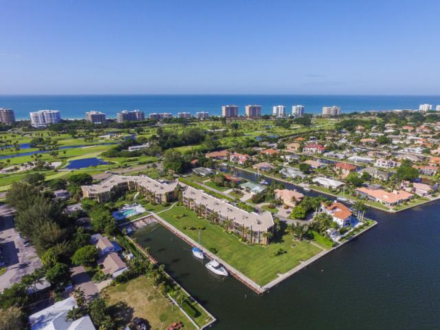 Longboat Key - Homeowners have a wide variety of options directly on the Gulf of Mexico or Bayside along tranquil Longboat Key.