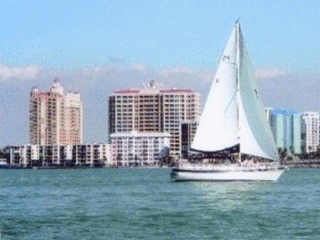 824_640x480.jpg - Key Sailing in Sarasota