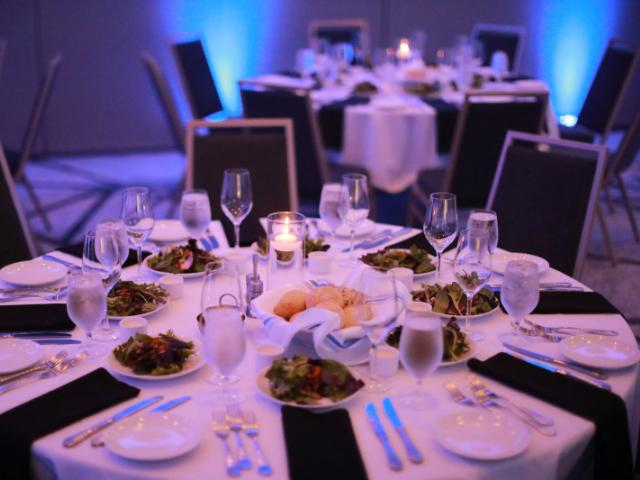 Banquet - Offering modern event space for corporate meetings, retreats, rewards functions, annual gatherings, and conferences, Legacy Hotel will bring style and service to your upcoming event.