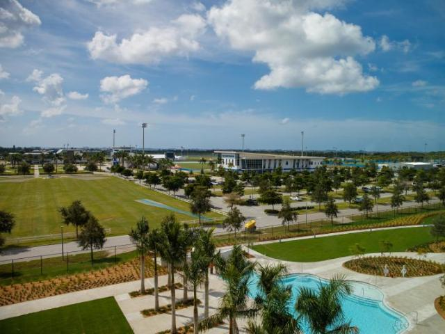 IMG Academy View - Legacy Hotel is situated steps from the storied IMG Academy, a multi-sport training destination where performance meets excellence and expertise. IMG Academy's professional-grade facilities host an unrivaled setting that has positioned the campus as the global leader in performance for over 40 years.