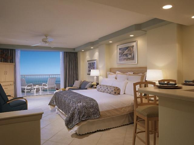 275_640x480.jpg - Impeccably appointed guestrooms!