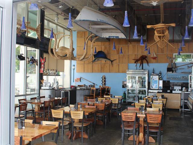 Off The Hook Seafood Restaurant - Savor Listing Image 5