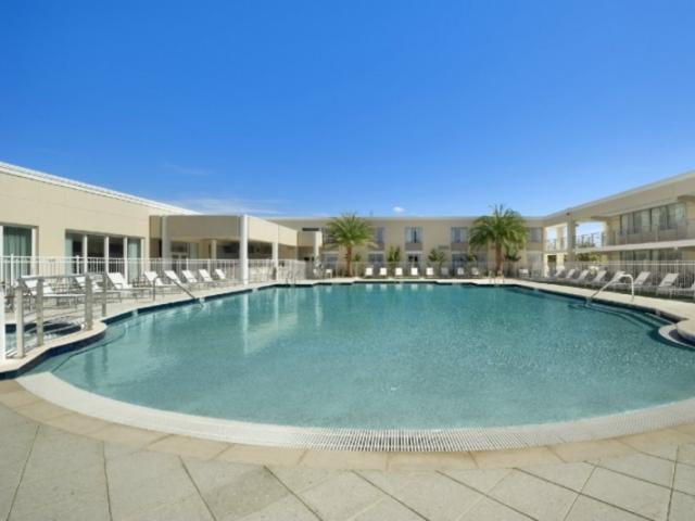 1010_721x480.jpg - Resort Style Lagoon Beach Entry Heated Pool