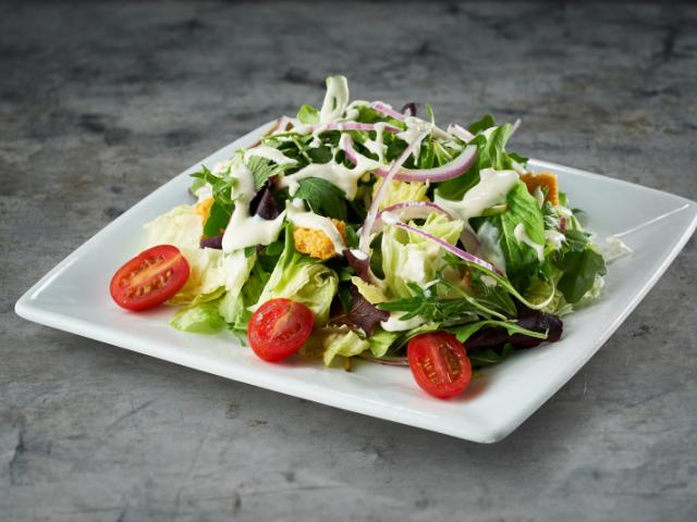Ruth's Steak House Salad - Iceberg, baby arugula, baby lettuces, grape tomatoes, garlic croutons, red onions