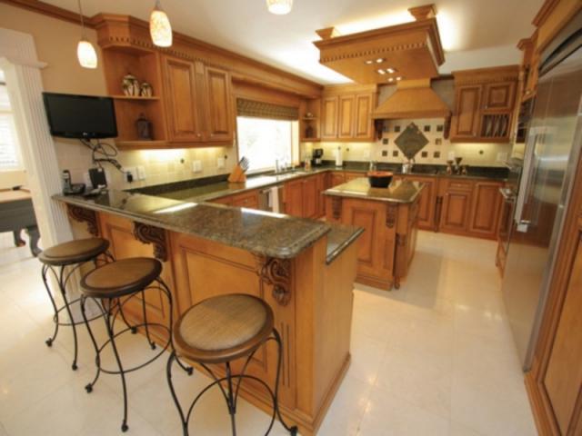 343_640x480.jpg - Full-size Kitchens or Kitchenettes