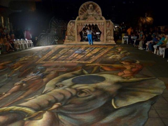6626_719x480.jpg - Photo by: Tom Kramer Ñ with Leymis Bolanos Wilmott at Sarasota Chalk Festival.