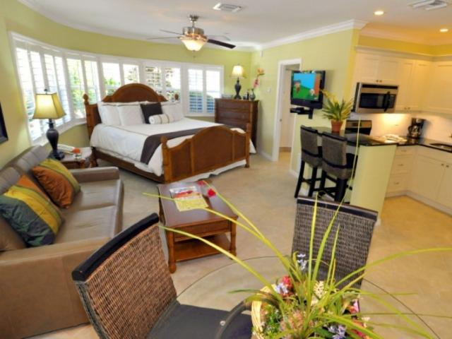 470_723x480.jpg - Spacious floor plans, pillowtop beds, and granite make your beach vacation delightful!