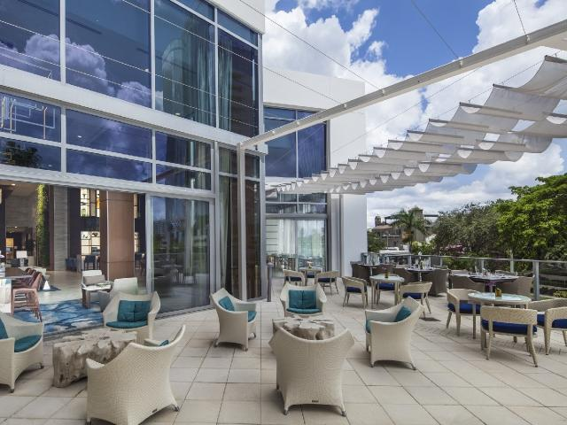 Tunes on the Terrace: Featuring The Danny Bub Jazz Duo