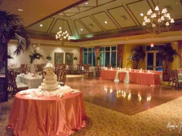476_640x480.jpg - The magnificent Lakeside Room overlooking the golf course and lakeside ceremony venue