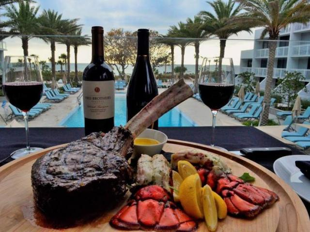 Dining in Vientos Restaurant - Indoor / Outdoor Dining with Views of the Gulf of Mexico, serving breakfast, lunch, and dinner!