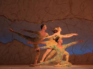 The Sarasota Ballet in Sir Peter Wright's Summertide - Photo Frank Atura - The Sarasota Ballet in the 2014 revival of Sir Peter Wright's Summertide - Photo Frank Atura