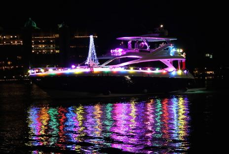 32nd Annual Holiday Boat Parade of Lights. Image courtesy of Marina Jacks