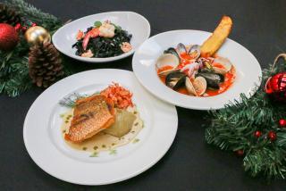 Mattisons Christmas Dishes