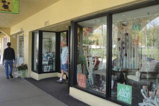 Shop Till You Drop In Downtown Venice Visit Sarasota